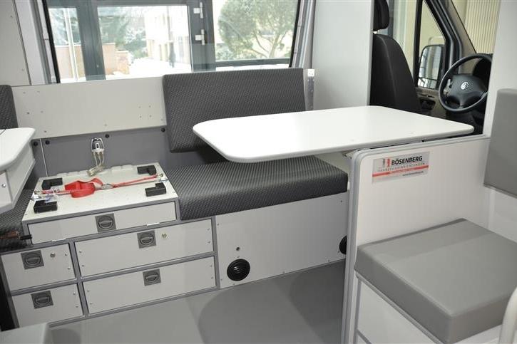 lkw und schwerlast kontrollfahrzeuge walter b senberg. Black Bedroom Furniture Sets. Home Design Ideas